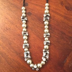 J Crew grey pearl / rope top necklace.